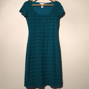 EUC Max studio short sleeve turquoise tiered